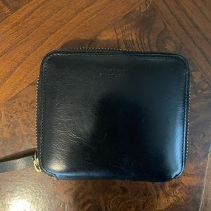 Everlane The Square black leather Zip Wallet